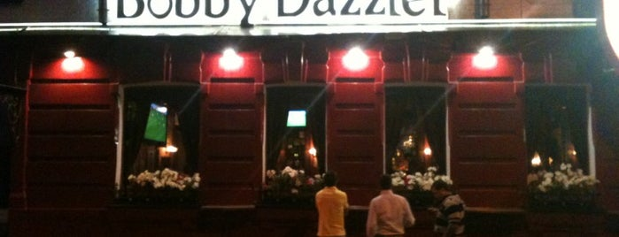 Bobby Dazzler Pub is one of Надо посетить.