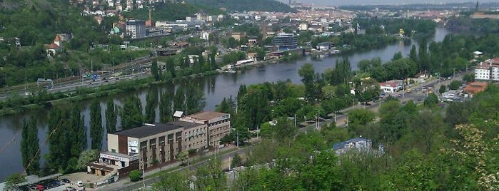 Vyhlídka na Dobešce is one of Doly, lomy, jeskyně (CZ).