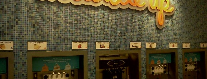 Huddle's Frozen Yogurt is one of Exploring Indy #4sqCities #VisitUS.