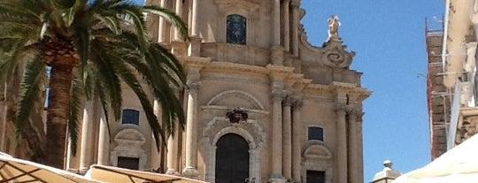 Duomo San Giorgio is one of gildo.