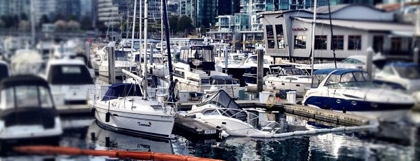 Coal Harbour Marina is one of Vancouver.