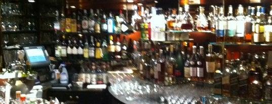 Bar & Lounge @ The Hotel. Brussels is one of Nos bars préférés à Bruxelles.