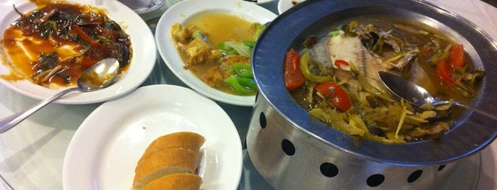 Wisma Benteng Seafood Restaurant is one of The 20 best value restaurants in Medan, Indonesia.