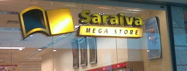 Saraiva MegaStore is one of Flamboyant Shopping Center.