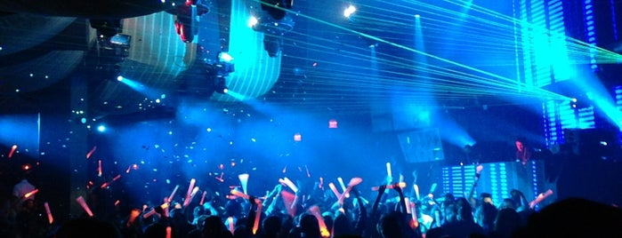 Marquee Nightclub & Dayclub is one of Star-Gazing Spots!.