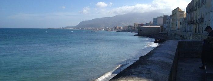 Mura di Tramontana is one of South Italy.