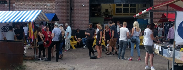 SkateCafe is one of Amsterdam.