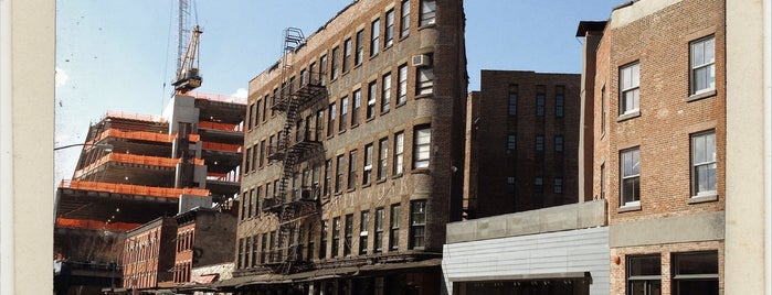 WeWork Meatpacking is one of Startups & Spaces NYC + CA.