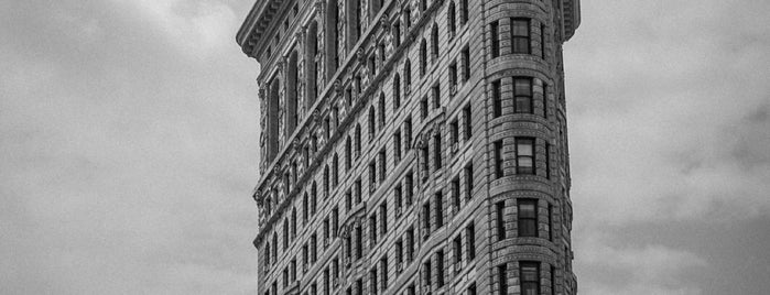 Flatiron Building is one of Ferias USA 2012.