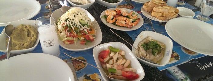 Balık Pişiricisi Veli Usta is one of İzm.