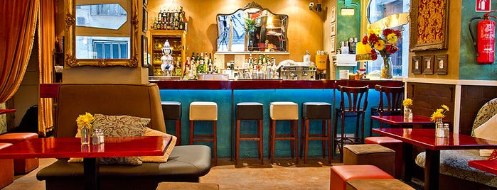 Milk Bar & Bistro is one of Barcelona.