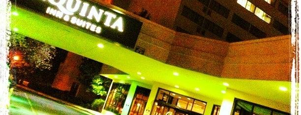 La Quinta Inn & Suites Secaucus Meadowlands is one of Vuelos.