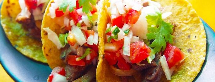 Sabroso Mexican Tapas Bar is one of อร่อย: ใกล้ ๆ บ้าน (บ้านลาดพร้าว).