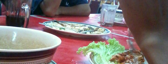 Restoran Juara Ikan Bakar is one of Favorite affordable date spots.