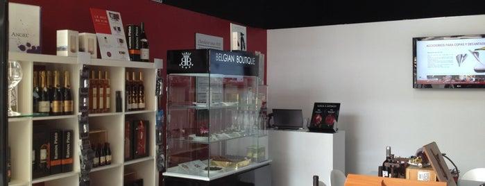 Wine Lovers Room is one of Locais salvos de Alex.