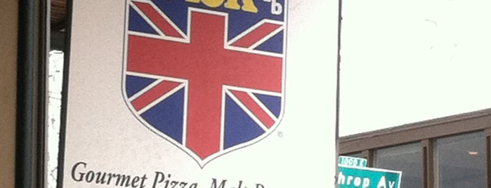 Union Jack Pub is one of Places to eat in INDY.