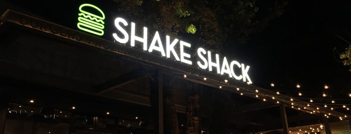 Shake Shack is one of メンバー.