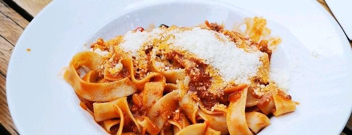 Verdura Italian Pizza & Pasta is one of Discover Kadıköy.