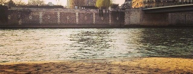 Île Saint-Louis is one of Best of Paris.
