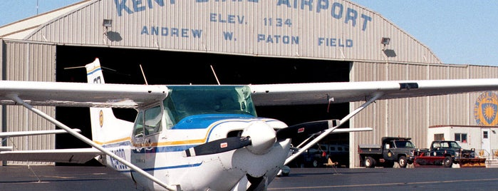 Kent State University Airport at Andrew Paton Field (1G3) is one of Airports in Ohio.