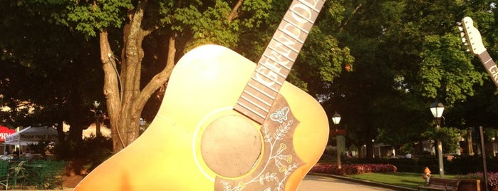 Grand Ole Opry House is one of I Want Somewhere: Sights To See & Things To Do.