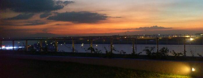 Manila Bay is one of Mabuhay ♥.
