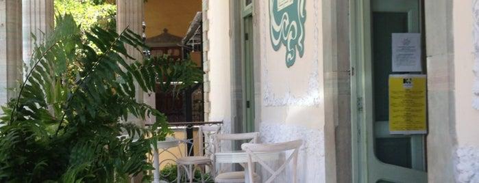 La Victoriana is one of cafés.