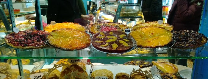 Les Petits Mitrons is one of Bakery in Paris.