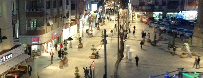 Zafer Meydanı is one of Türkiye'de En Çok Check-in Yapılan Mekanlar.