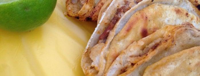 Tacos Charlie is one of Las mejores taquerías de Guadalajara.
