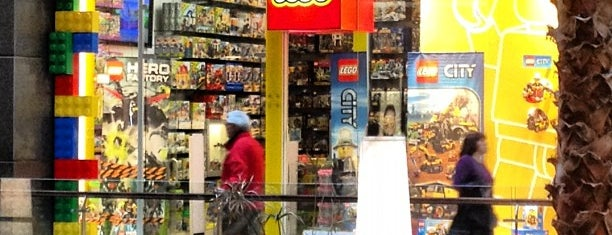 LEGO Store is one of Chilecito 🗻.