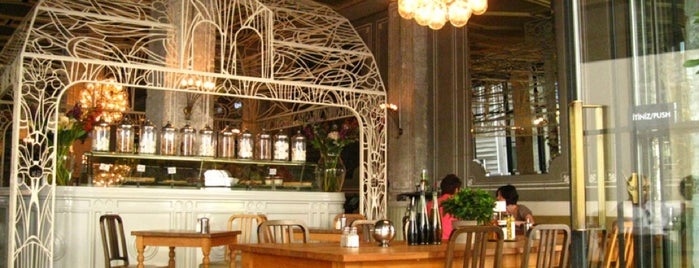 The House Café is one of Istambul food.