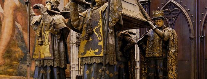 Cathedral of Seville is one of Cristóbal Colón en Sevilla.