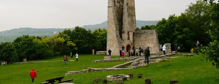 Kisdörgicse Templomrom is one of Beautiful Árpád era churches around Balaton.