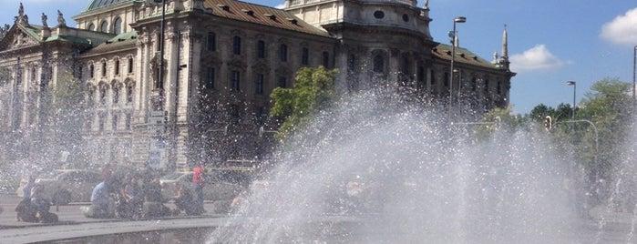 Karlsplatz (Stachus) is one of München.