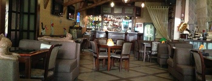 Кафе-бар «На крыше» is one of Геленджик.