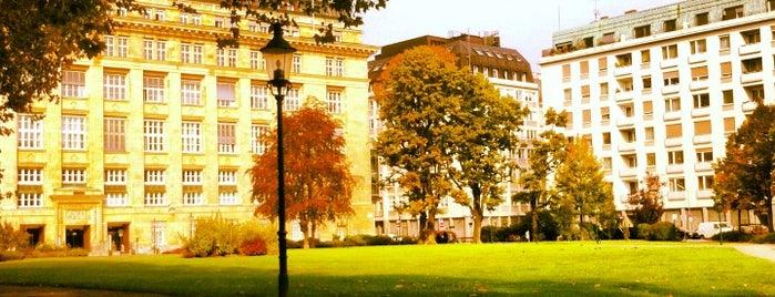Campus der Universität Wien - Altes AKH is one of Chillout @Vienna.