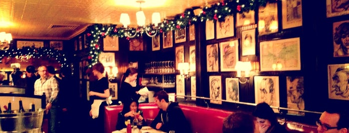 Minetta Tavern is one of 2013 NYC Michelin Starred Restaurants.