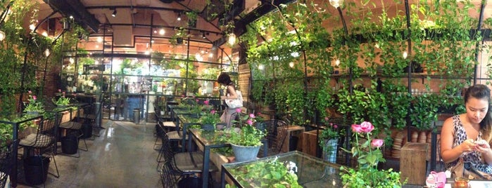 Aoyama Flower Market Tea House is one of Tokyo.