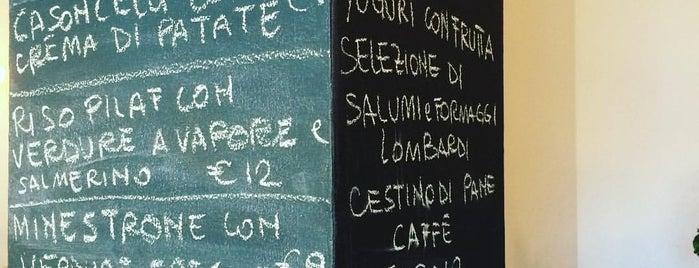 Nudo & Crudo Bistro' is one of Brunch e merende - Milano.