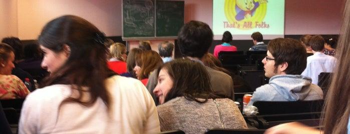 Auditorium NB III is one of Student van UGent.