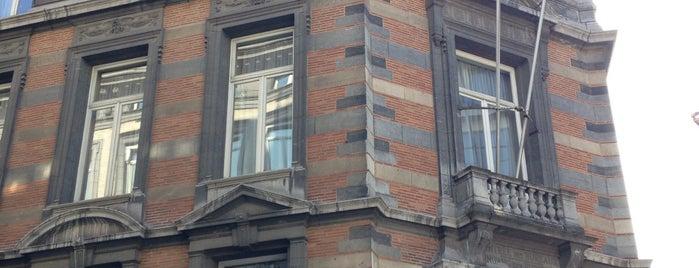 Huis van de Parlementsleden / Maison des Parlementaires is one of Work.