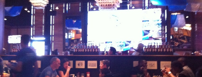Jack Astor's Bar & Grill is one of Favorite Food.
