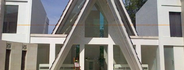Amanda Chapel is one of Beautiful Wedding Chapels in Bali.