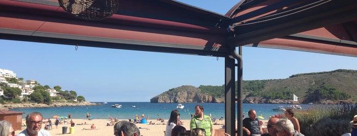 Can Miquel is one of Restaurants a la platja.