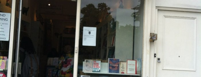 Clapham Books is one of Guardian Recommended Independent Bookshops.