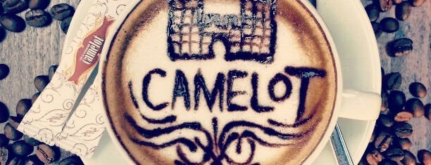 Camelot Cafe & Restaurant is one of Nargile Istanbul.