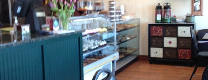 Molly's Cupcakes 'n' More is one of Favorite places.