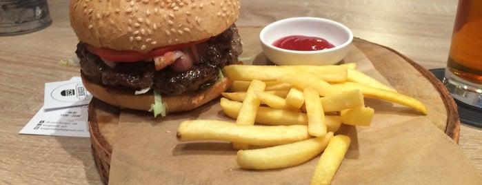 Burger Lab is one of Бургеры в Питере.