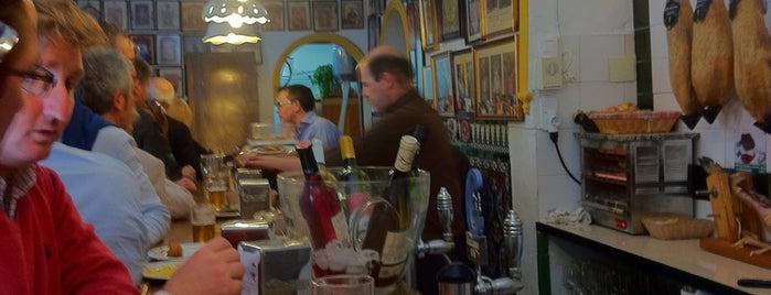 Casa Ricardo - Antigua Casa Ovidio is one of Restaurantes.